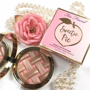 💝Too Faced Sweetie Pie Radiant Matte Bronzer💝